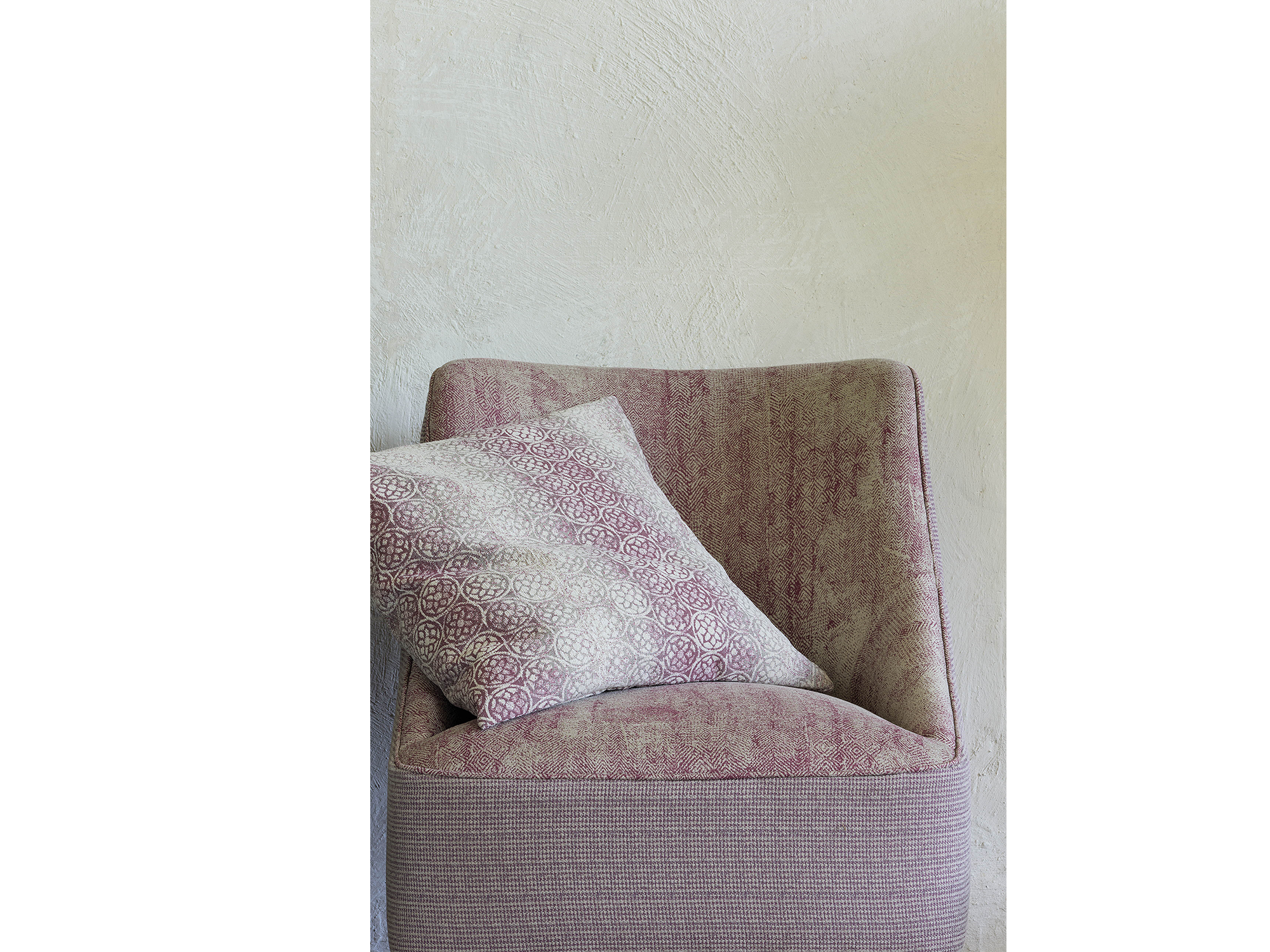 upholstery_0000_Camelot_008