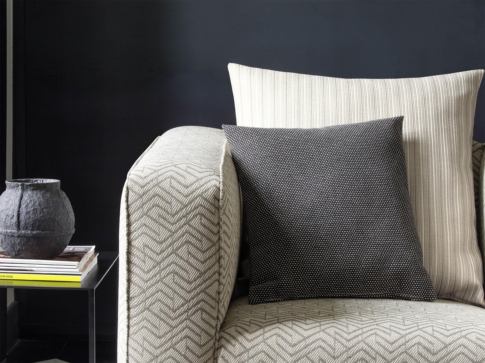 upholstery_0000_Landform_004